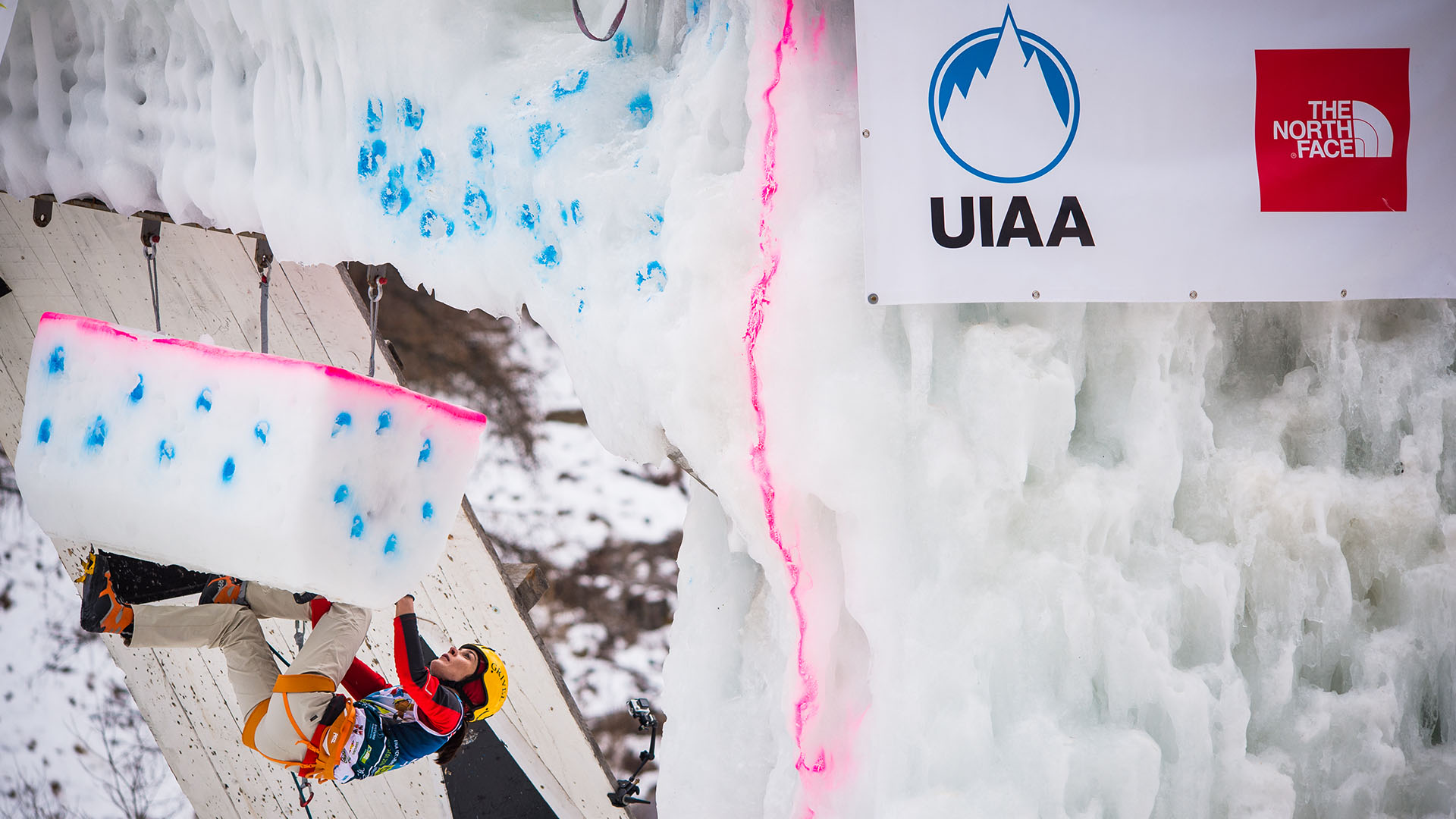 uiaa-ice-climbing-1920x1080